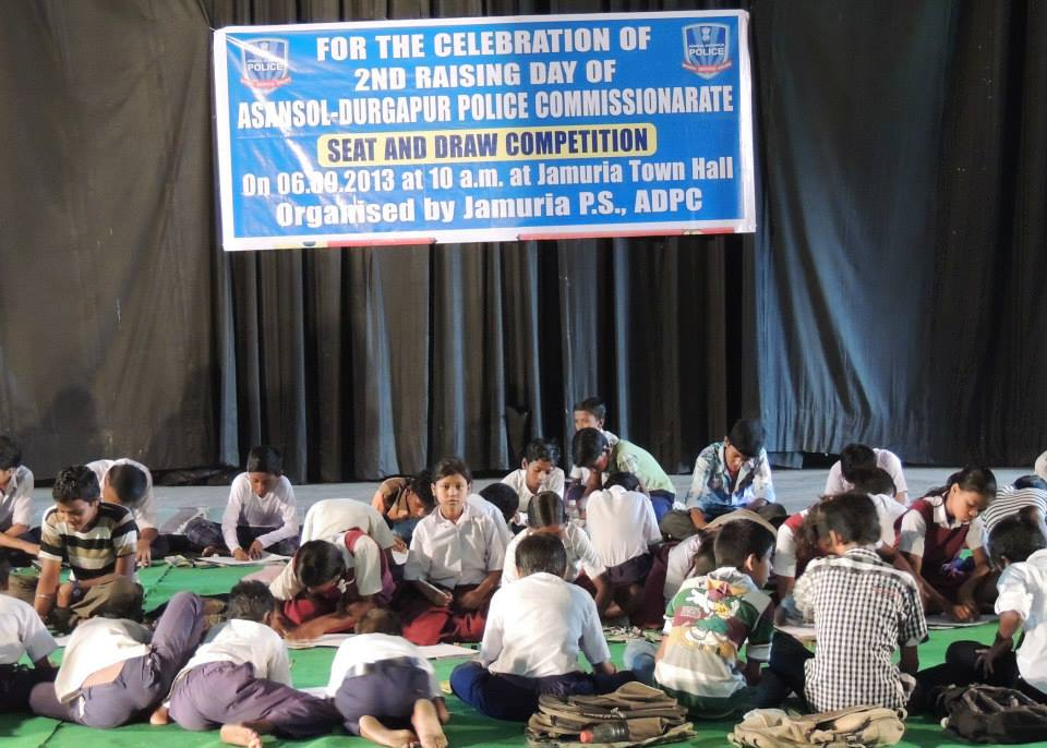 Sit & Draw Competition