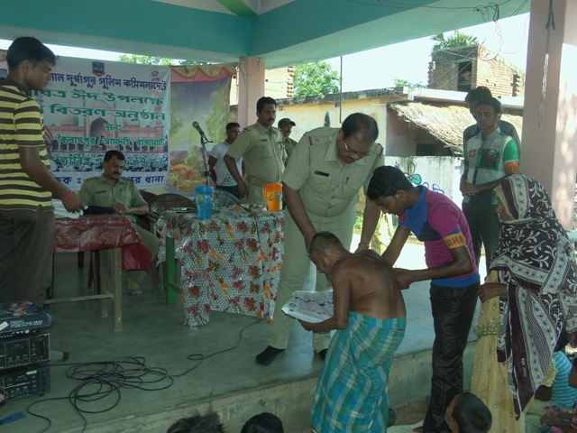 Faridpur PS Organised Cloth Distribution Programme during Eid