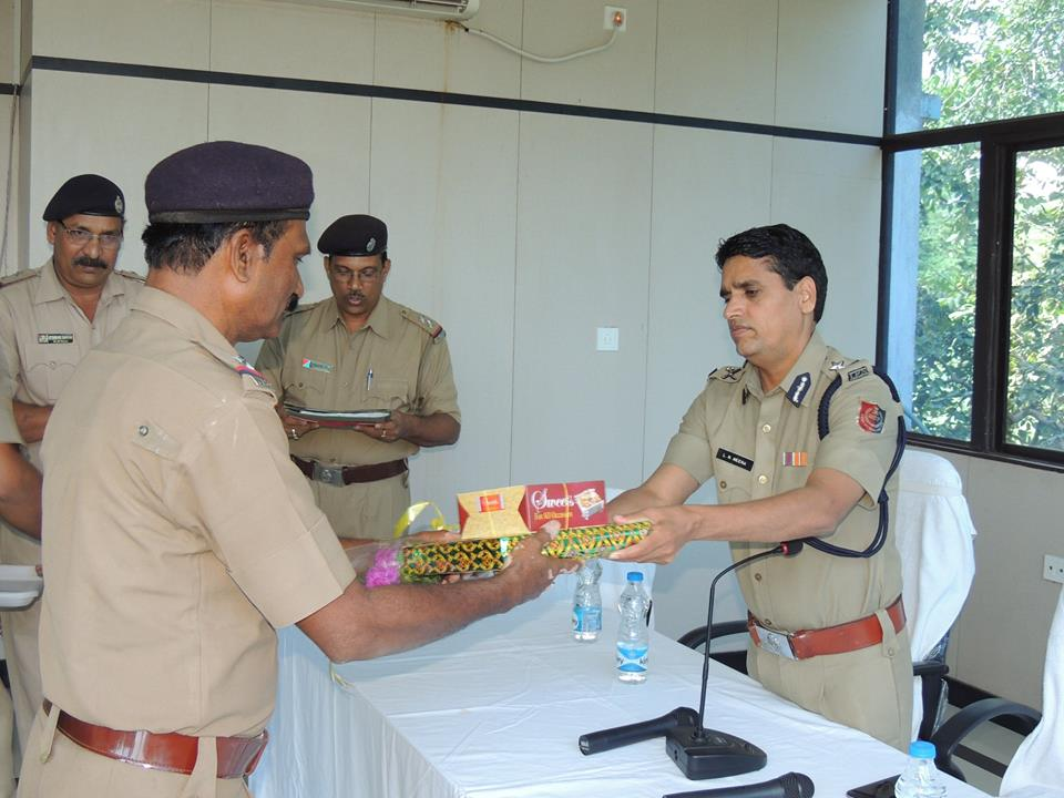 Today a superannuation programme held at office of the commissioner of police, Asansol Durgapur. In presence of commissioner of police // DC,(HQ), RO, ADPC. Today 11 Police personnel completed their service tenure at police department we the Police family of ADPC wish them a happy & prosperous life in future. God bless them.