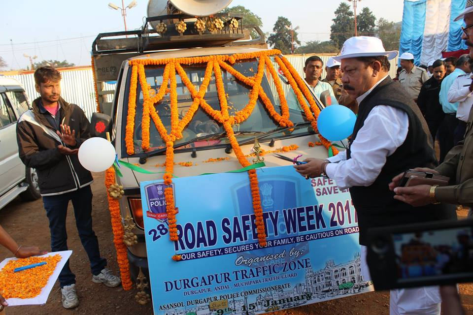 The National Road Safety Week was noted on 9th January,2017. On 15th January 2017 was the closed Ceremony of the same. A Rally reg. awareness of Road Safety and ( Safe Drive Save Life) was organised at Durgapur Gandhi Maidan