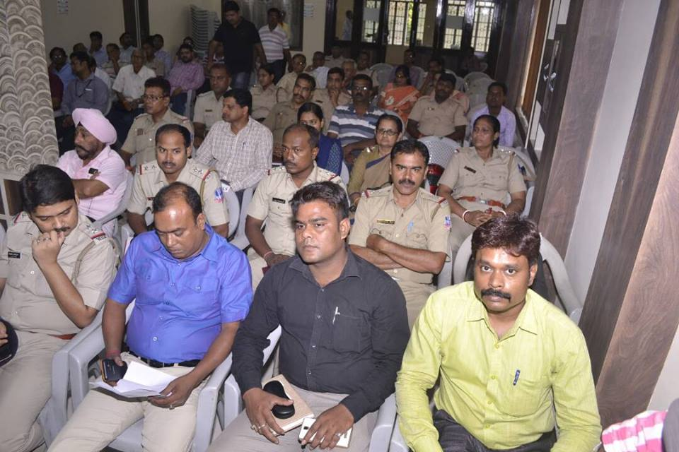 A Cyber crime awareness camp held with association with Raniganj chamber of commerce on 01.06.2017. ADCP Central, ACP Central and other police persons from different PSs & citizen from different corner attend the same.