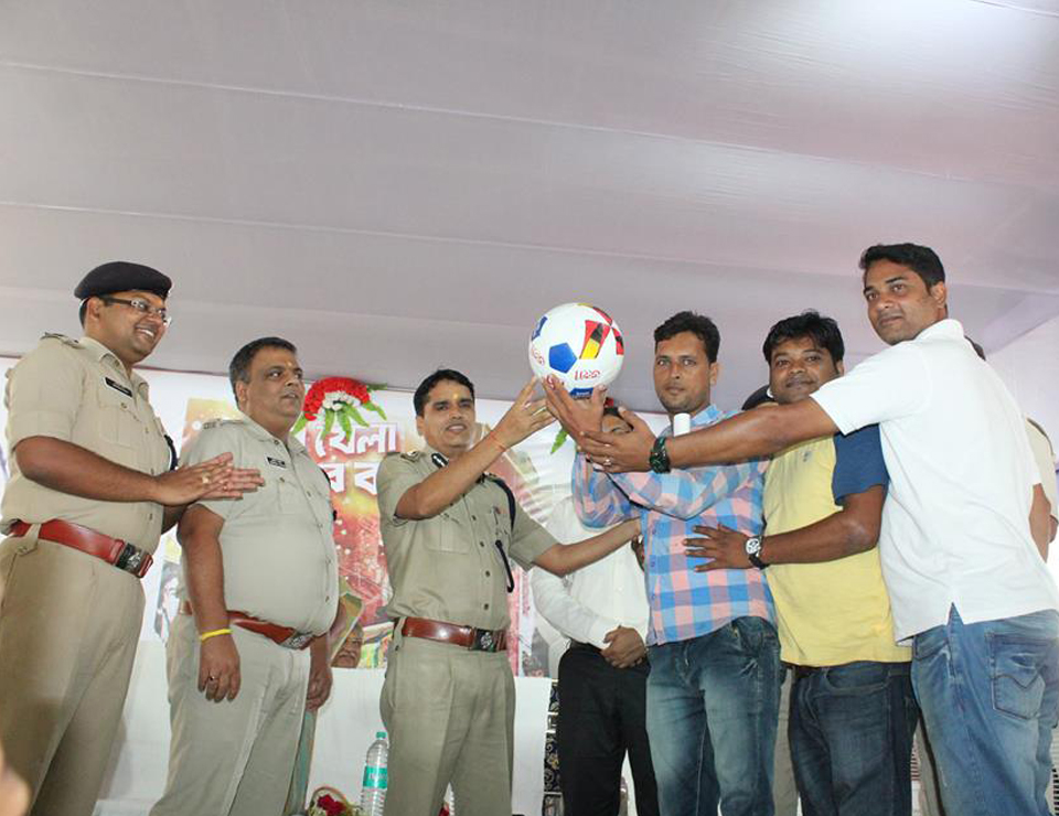 FOOTBALL DISTRIBUTION CEREMONY – 2017 ORGANIZED BY ASANSOL DURGAPUR POLICE COMMISSIONERATE