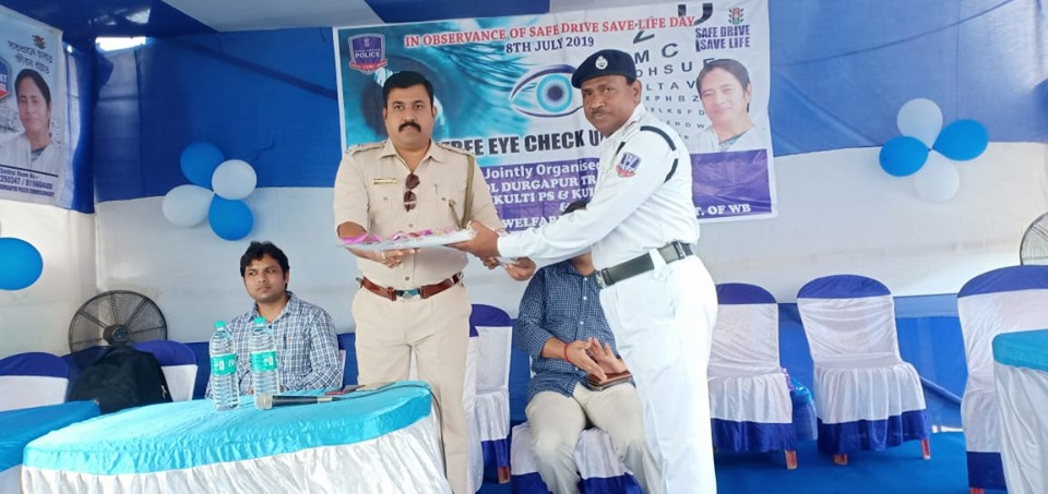 On 08.07.19 a Free eye check up & Health Check camp organized by Kulti PS & Kulti Traffic Guard at Duburdihi More in presence of Drivers,Helpers & Local Peoples .