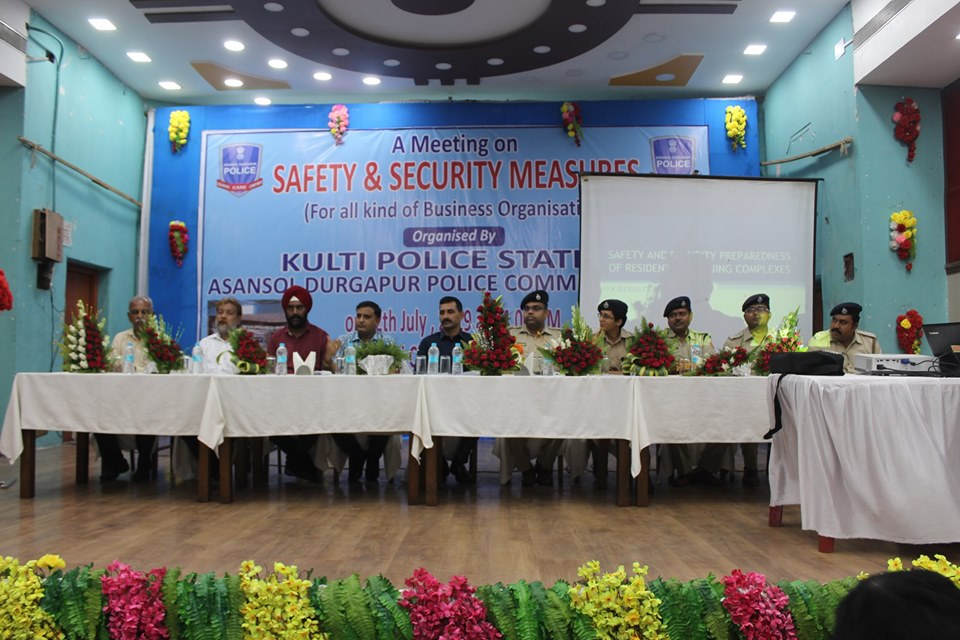 On 12th July 2019 at 04.00 PM a meeting on Safety & Security Measures (for all kind of Business Organization) organised by Kulti PS at Kulti Club. In presence of Hon,ble Commissioner of Police, DC (SB), DC (Traffic), ADC (West) and Other superior officers of the Commissionerate.