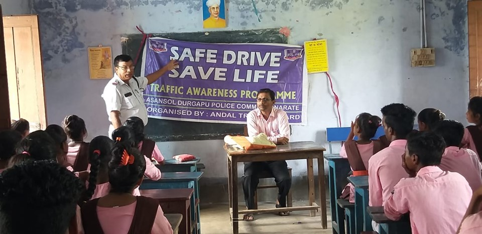 Today on 20.07.2019 a School Interaction Programme organised by Andal Traffic Guard at Netaji high School Andal.65 Approx students were participated there .