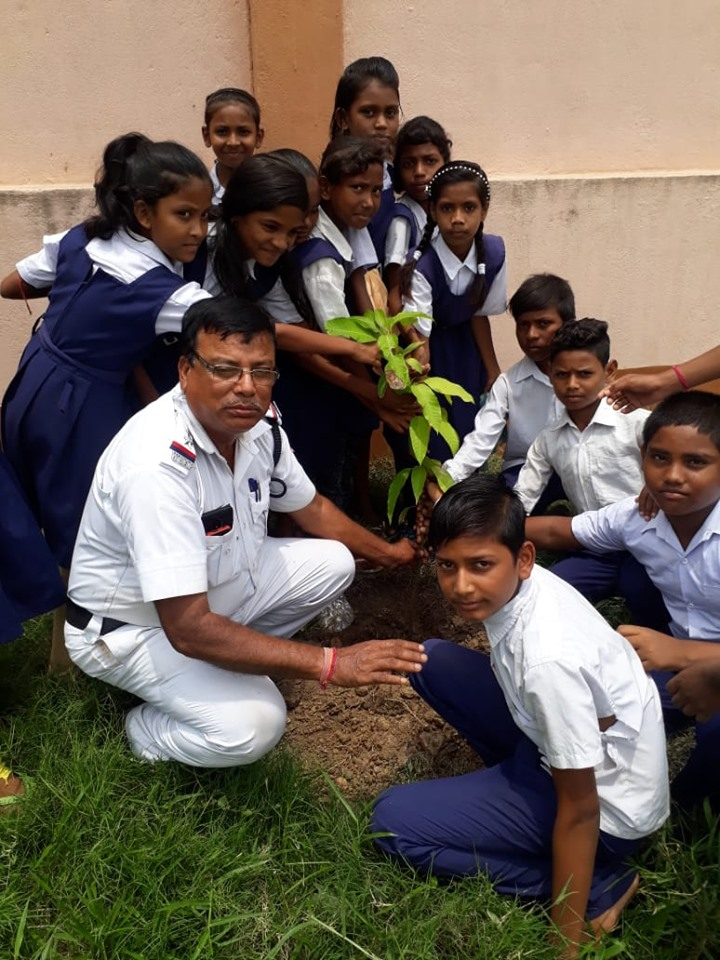 Today on 23.07.19 a Tree Plantation programme organised by Andal Traffic Guard at Dakshinkhanda High School Andal, Andal PS.