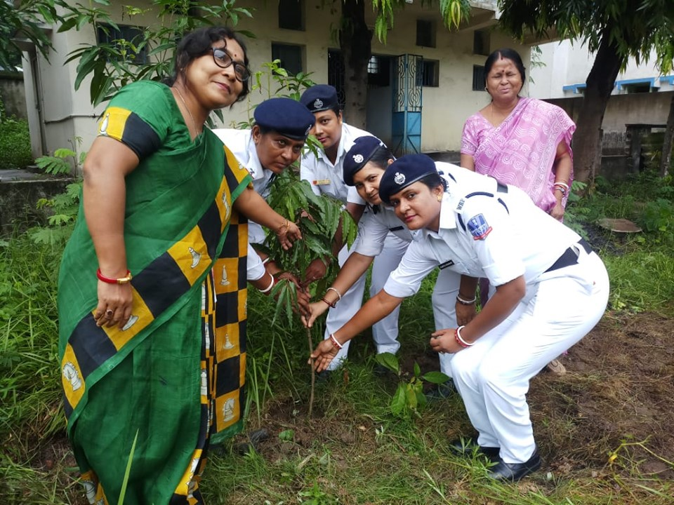 Tree Plantation programme organised by Asansol Women PS at Manimala Girl's High School.