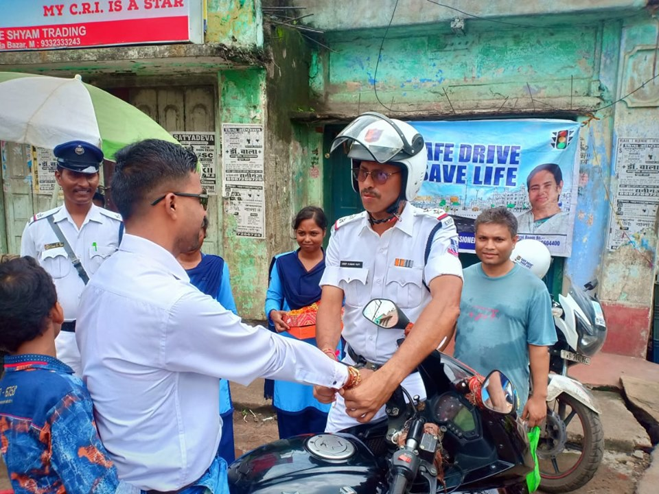 On 15.08.19 Jamuria Traffic Guard organised by distribution of Rakhi, Sweets, Chocolates and Leaflet among the Driver, Rider and Pedestrian in c/w