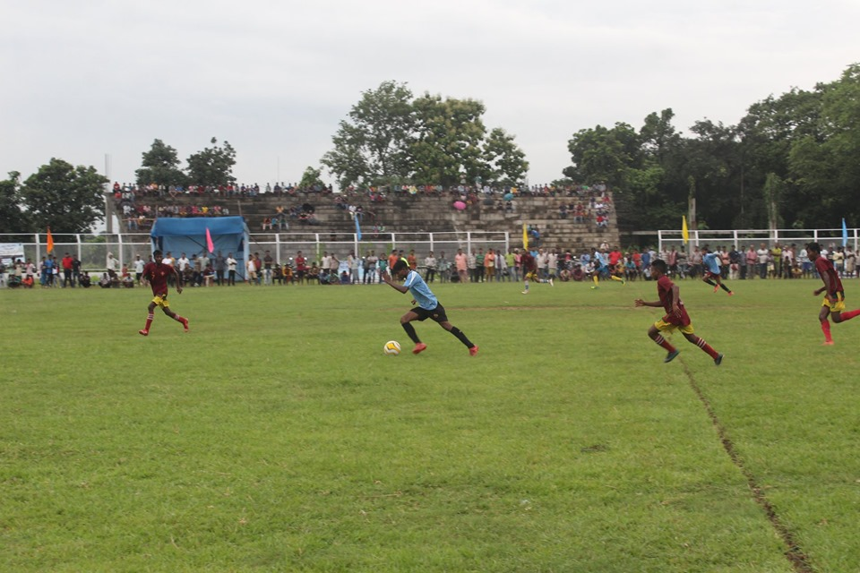 On 24.08.19 One Day Knock Out Football Tournament at Panchgachia Stadium Kanyapur organized by Kanyapur IC, PS - Asansol North. In presence of Hon,ble Commissioner of Police, DCP (HQ), ADCP (Central), and Other Dignitaries.