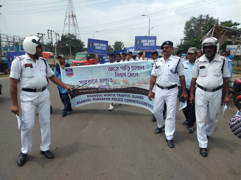 Today on 27.08.19 Safe Drive Save Life Rally programme organised by Asansol North TG at Rahamaniya High School premises to HLG More to Bhagat Singh More under Asansol North PS.