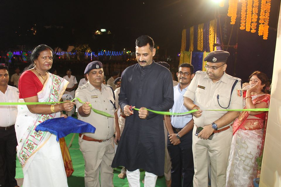 Opening Ceremony of Asansol Durgapur Police Commissionerate Durgapuja at Asansol Police Line on 03.10.2019.