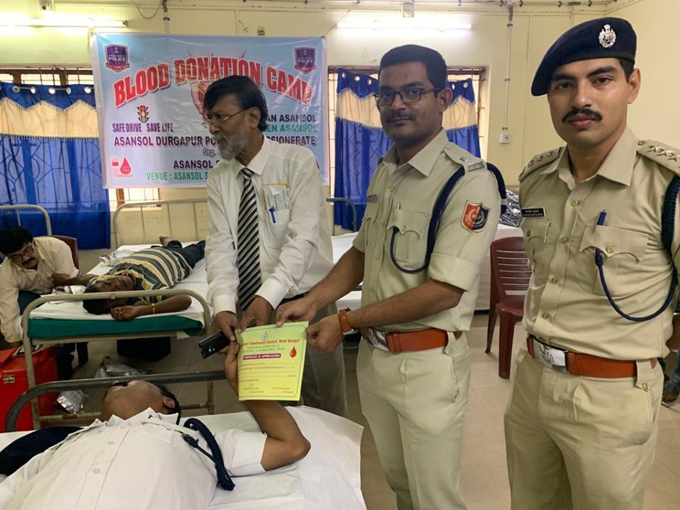 Today on 03.10.19, A Blood Donation Camp & Cloth Distribution Programme was organized by Asansol South PS. 76 units Blood donated in this programme. In presence of Hon,ble Commissioner of Police, DCP (HQ), ADCP (Central), ACP (Central) and Other Dignitaries.