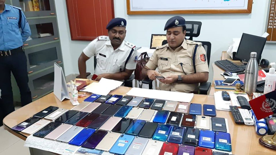 In pursuance of secret source information OC Pandabeswar accompanied with other officers held raid at Pandabeswar Station area and recovered 54 numbers of stolen mobile phones of different brand and model from the possession of 02 persons.