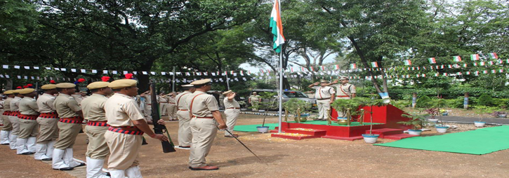 ASANSOL-DURGAPUR POLICE COMMISSIONERATE WEST BENGAL GOVERMENT 73 Independence Day 2019 Celebrations at Commissioner Office, Asansol Durgapur.