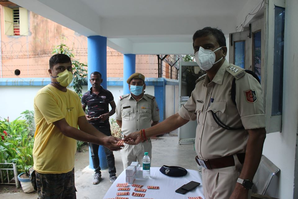 Distribution of Hydroxychloroquine Medicine to All Police Personal at Asansol Police Line.
