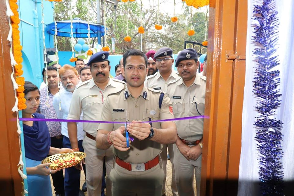 On 05.03.2020 Hon'ble Commissioner of Police Asansol-Durgapur inaugurated CCTV Control Room of Kulti PS in presence of DCP West, ACP West and other dignitaries.
