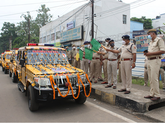 On 01.07.2021 Shri Ajay Kumar Thakur, IPS Hon'ble Commissioner of Police Asansol-Durgapur inaugurated Four numbers of Highway Mobile VAN covering specific stretch on the NH-2.